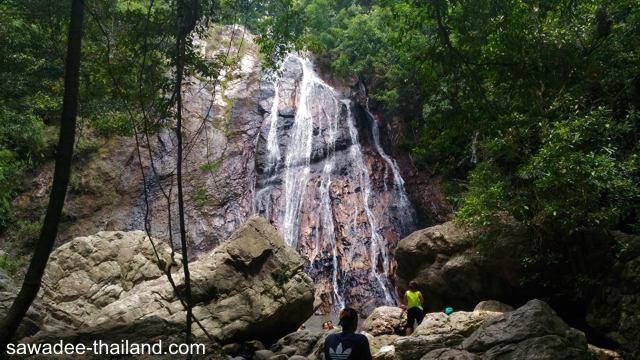 Der Namuang Waterfall auf Koh Samui