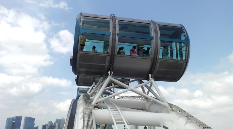 Singapur Flyer on the Top