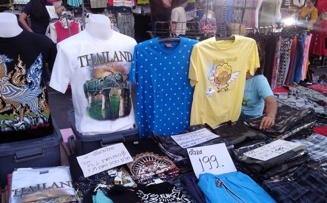 T-Shirts auf dem Krabi Night Market