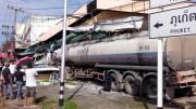 Schwerer Unfall mit Tanklastzug in Talat Khao